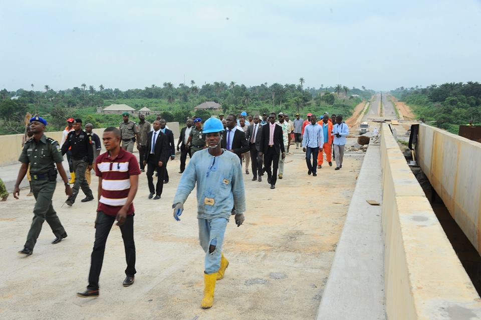 Reps' Committee inspects federal roads in Osun