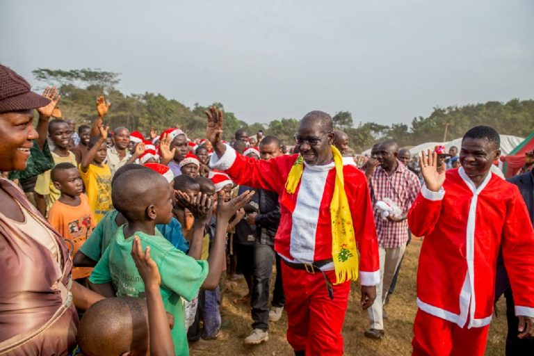 Obaseki hosts IDPs, dresses as Father Christmas
