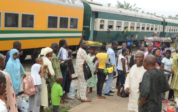 Aregbesola provides free train service to convey Easter holiday makers from Lagos to Osun