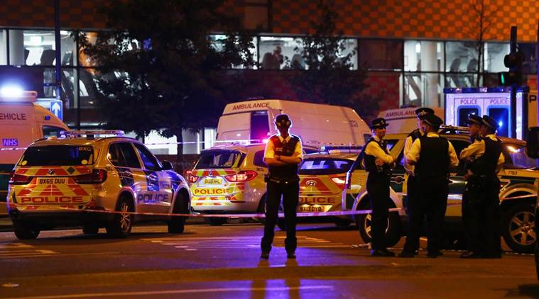 Van rams worshippers leaving London mosque, injuring 10