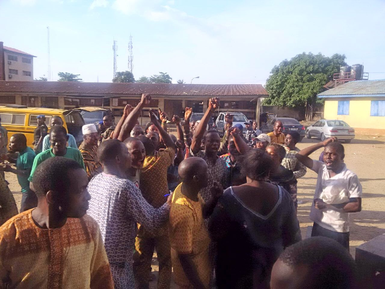 Lagos LG election : Ajegunle residents assured good representation of Igbos