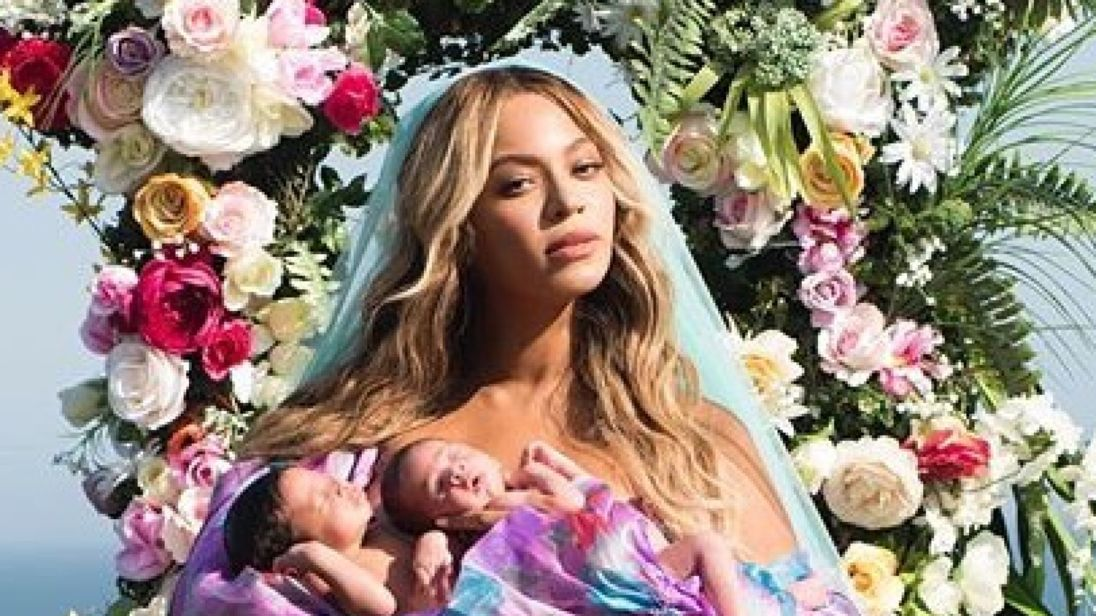 Beyonce reveals first picture of her twins