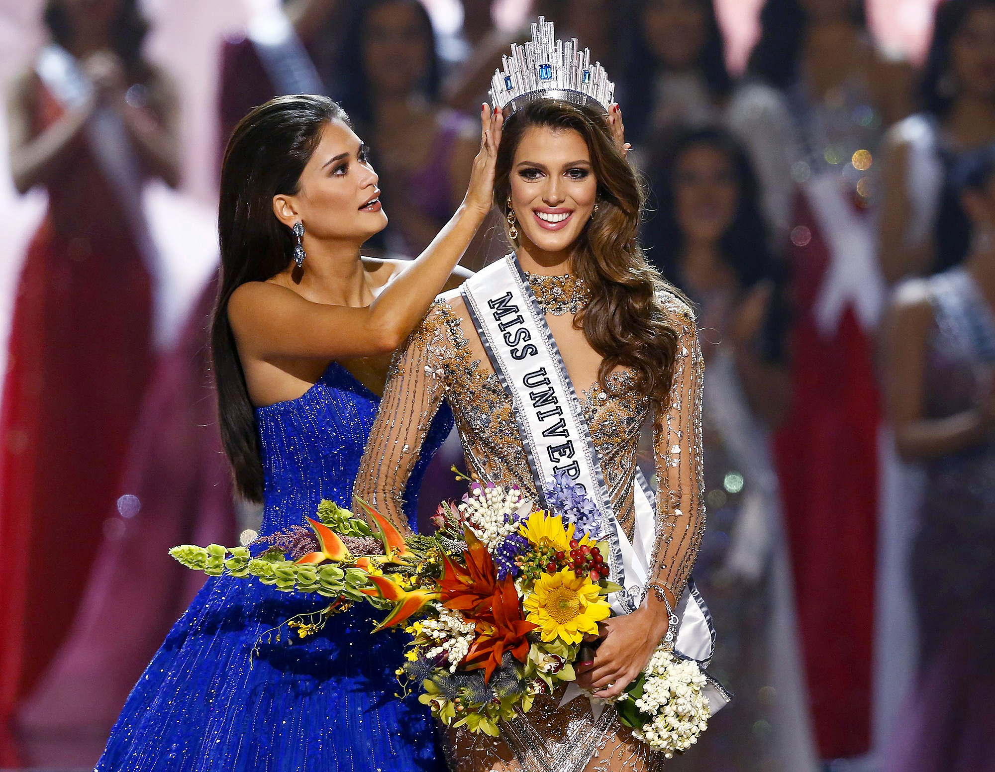 Miss Universe 2017: Miss South Africa receives the crown