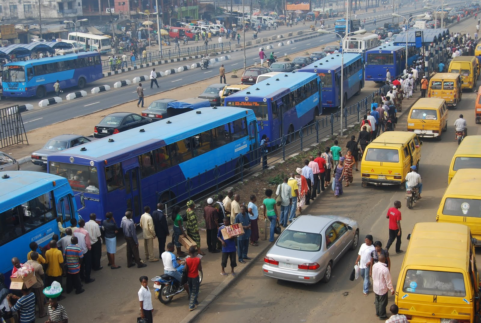Lagos State To Employ 1000 Graduates As Bus Conductors