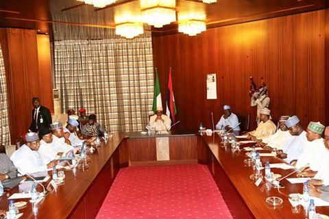 Buhari In closed door Meeting With APC Govs