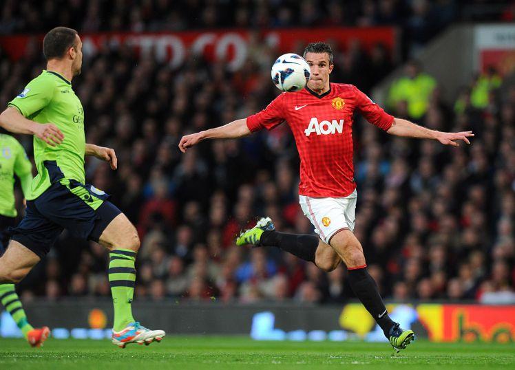 Van Persie's volley against Aston Villa named best of EPL era