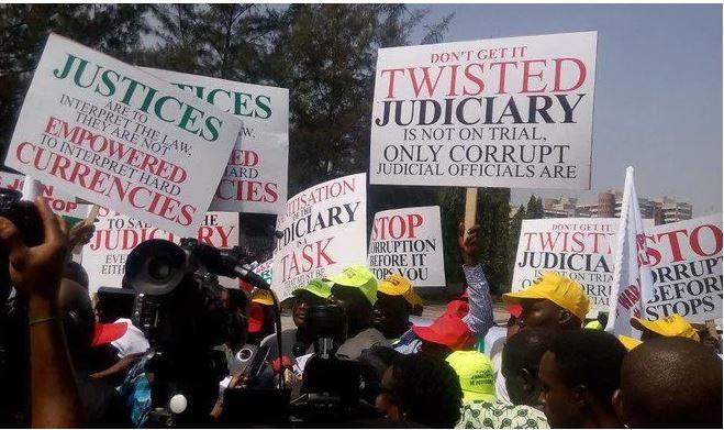 On going protest at Supreme Court over arrested judges