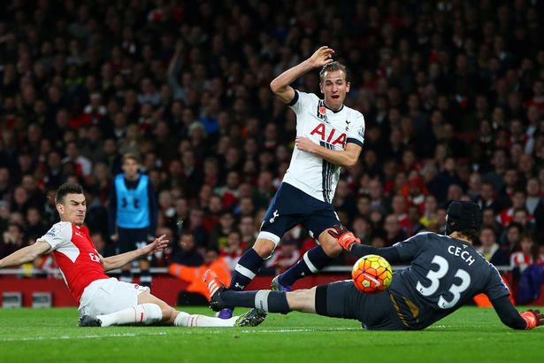 Tottenham, Arsenal draw at Emirates
