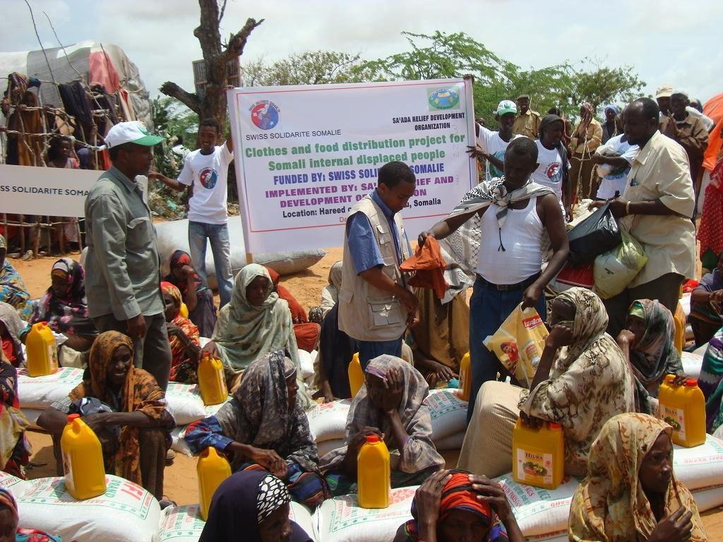 N.G.O. donates food, clothing to Dafara Community