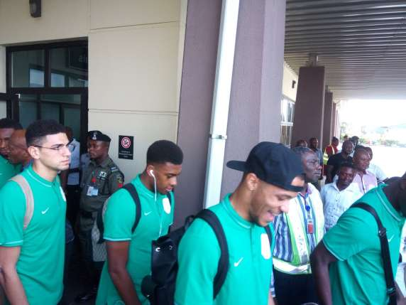 Eagles arrive in Uyo ahead of Algeria clash