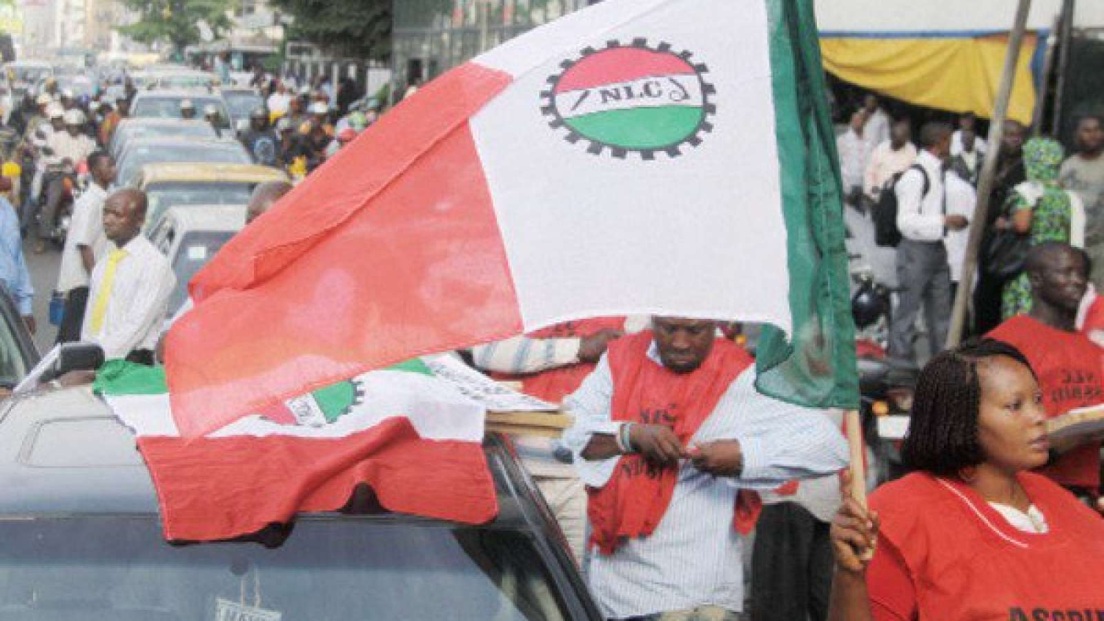 NLC tasks federal government to halt free fall of Naira