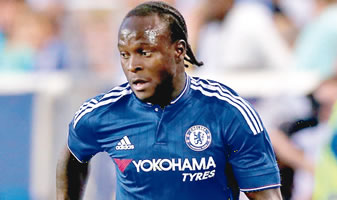 Victor Moses gives Chelsea victory over Tottenham