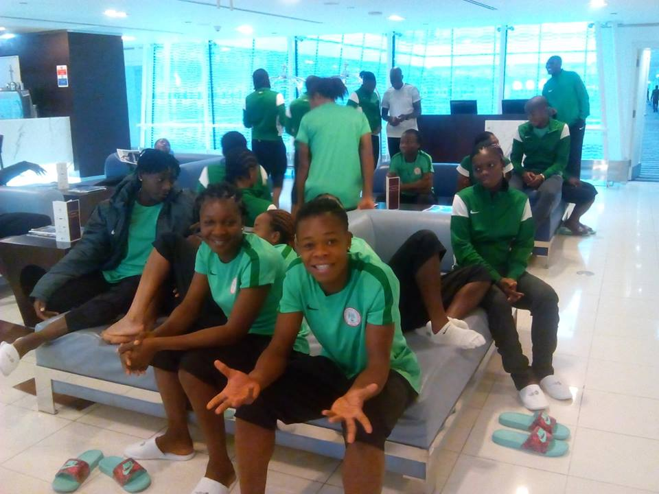 Falconets arrive in Papau New Guinea