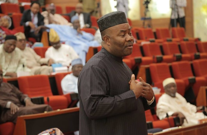 Akpabio urges PDP govs to emulate Fayose, says 20 APC senators will soon defect