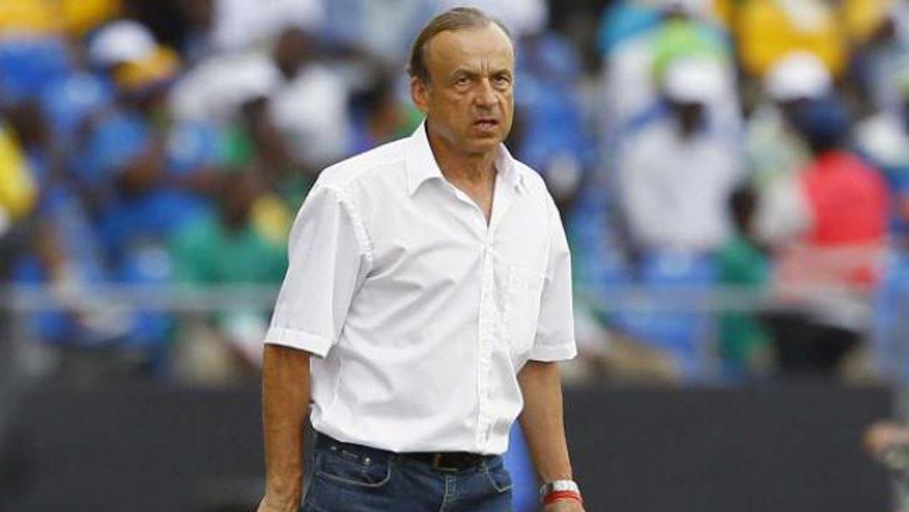 Eagles' poor club form worries Rohr