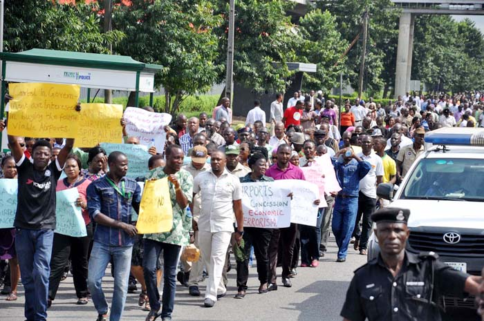 Unpaid salary: Ondo workers picket AG's office