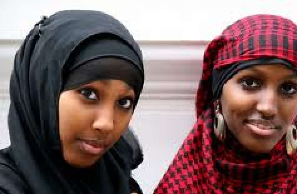 German chancellor Merkel proposes Muslim veil ban