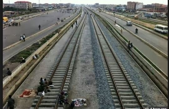 FG says committed to completing Lagos-Ibadan rail gauge by 2018