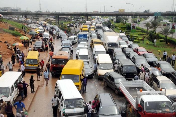 Traffic: Lagos motorists, Commuters groan as repair works begin