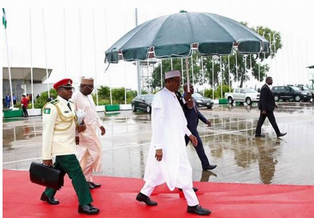 Ghana: President Buhari arrives for Nana Akufo-Addo's inauguration