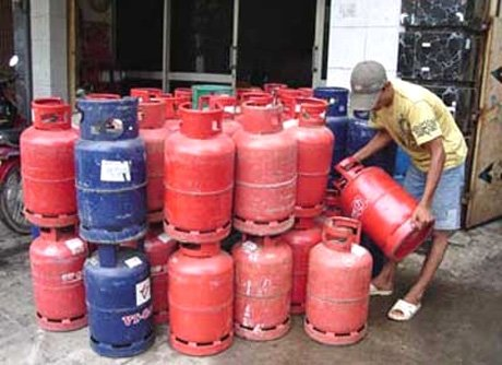 Cooking gas users lament price hike