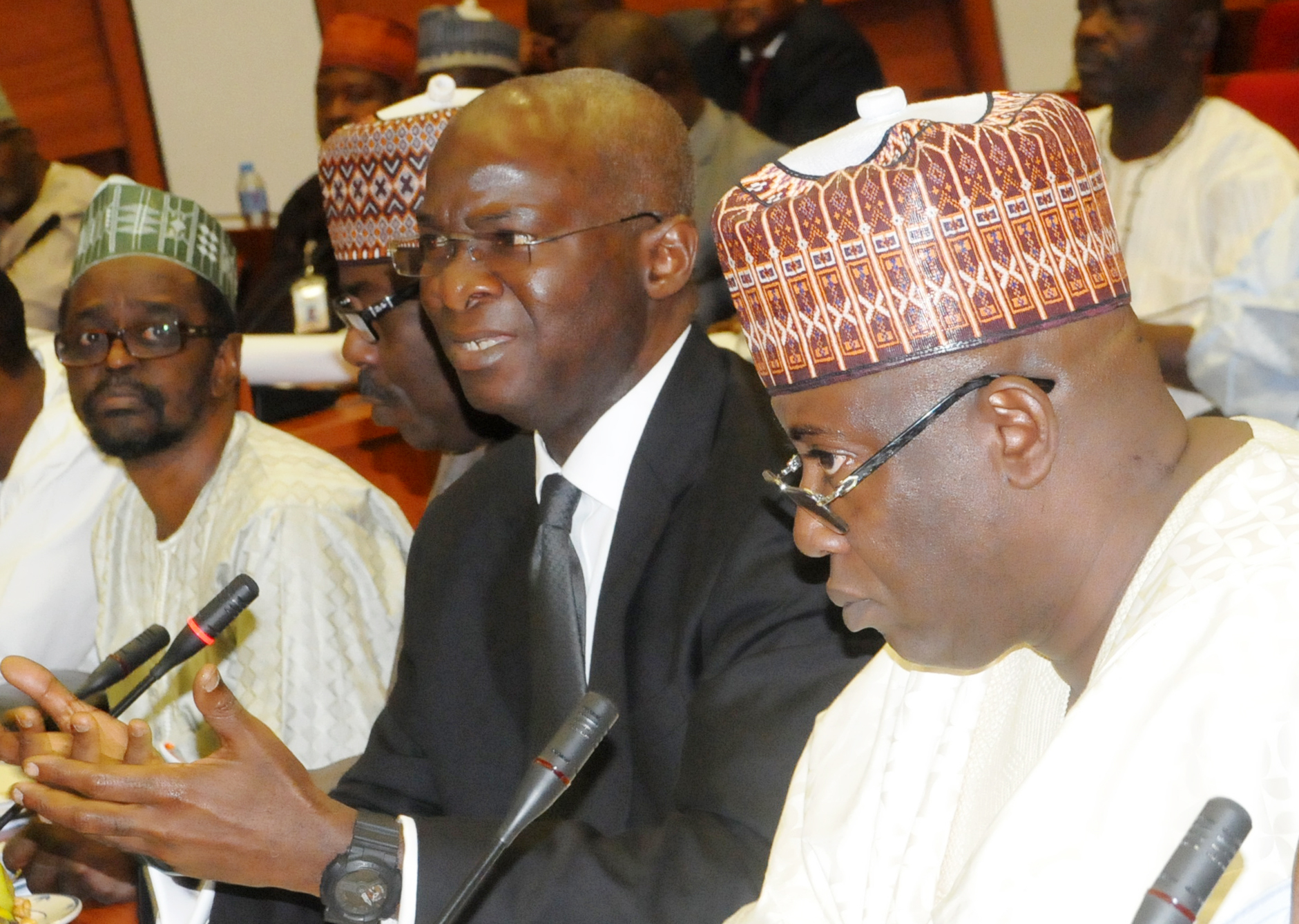 Fashola defends housing ministry's 2017 appropriation