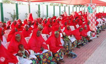 Kano organises mass wedding for 1,520 widows, divorcees, Spinsters