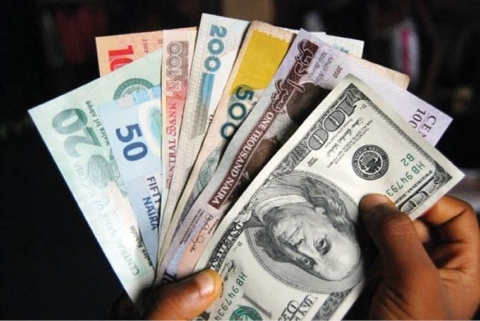 Naira Extends Gain on Parallel Market, Now $449/$1