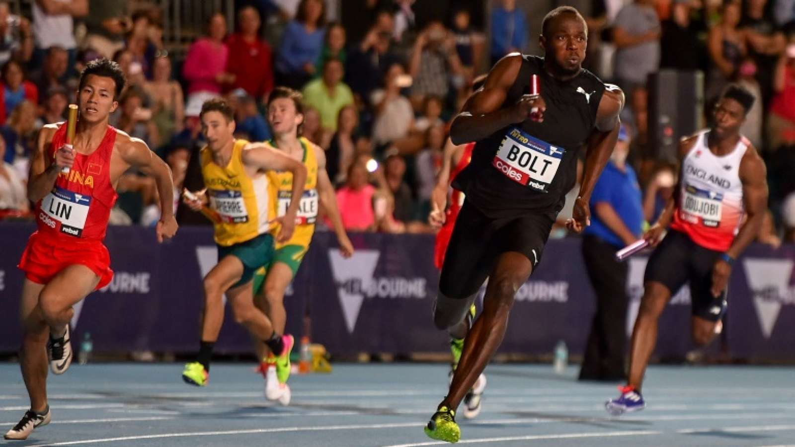 Nigeria's Dedewo sets new 300m record in USA
