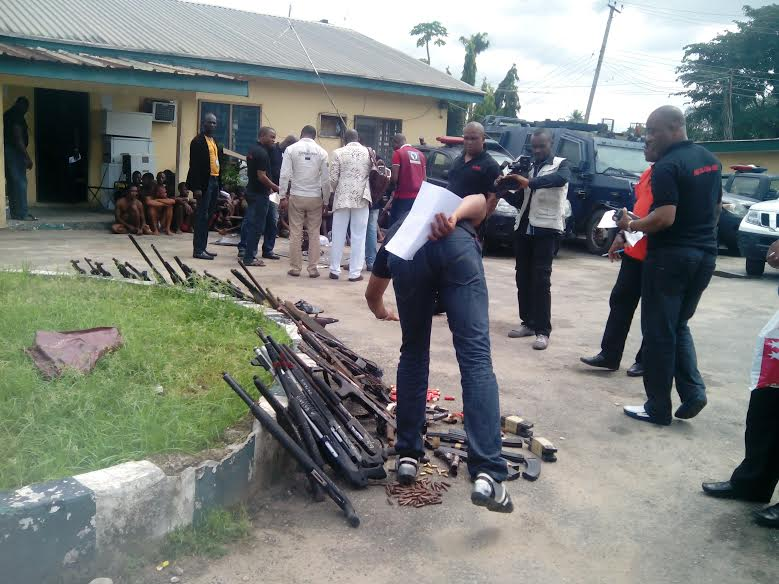 Police parade five kidnappers, 18 robbers in Oyo