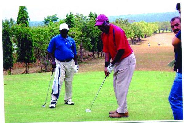 600 golfers for Ikeja Golf Club Captain Tourney