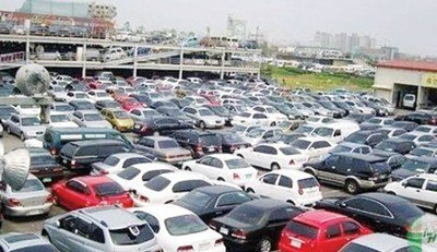 Customs suspends payment of duties on old vehicles