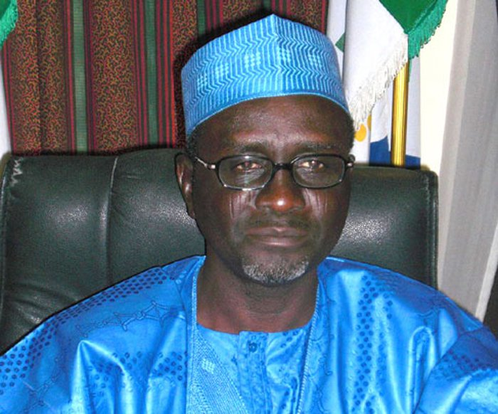 Shekarau applauds Buhari's anti graft war