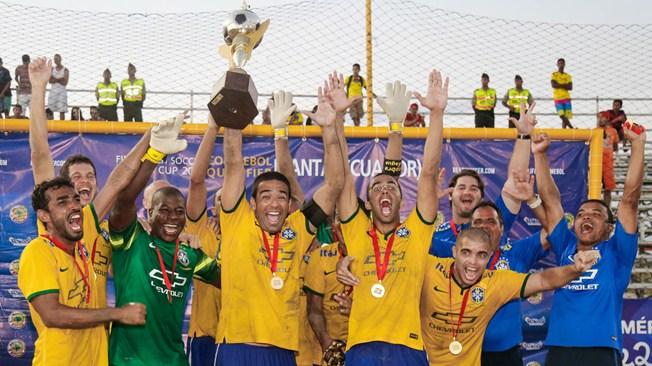 Brazil beat Tahiti to claim FIFA Beach Soccer title