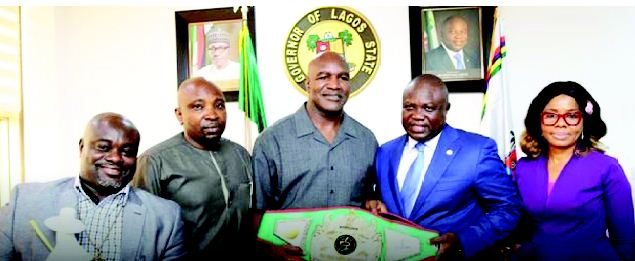 Holyfield pledges $3m health facilities for Lagos