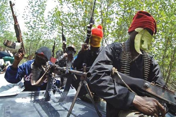 Breaking: Gunmen storm Model College Igbo-Nla again, abduct six students