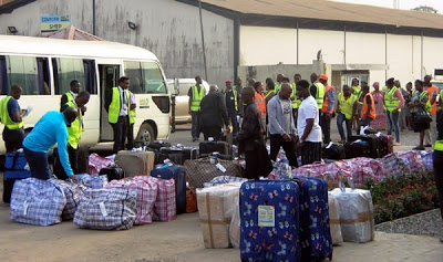 UK deports 35 Nigerians for immigration offences