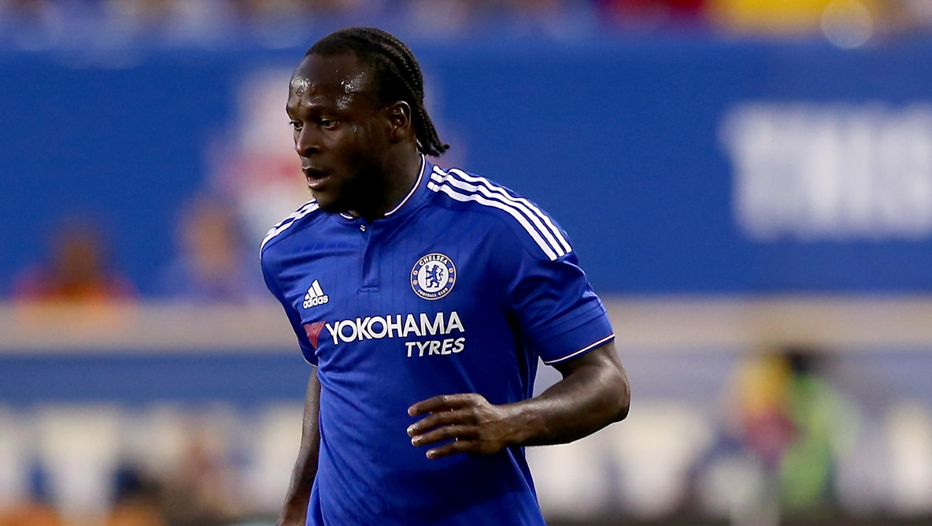 Victor Moses Lifts First Premier League Trophy with the Blues