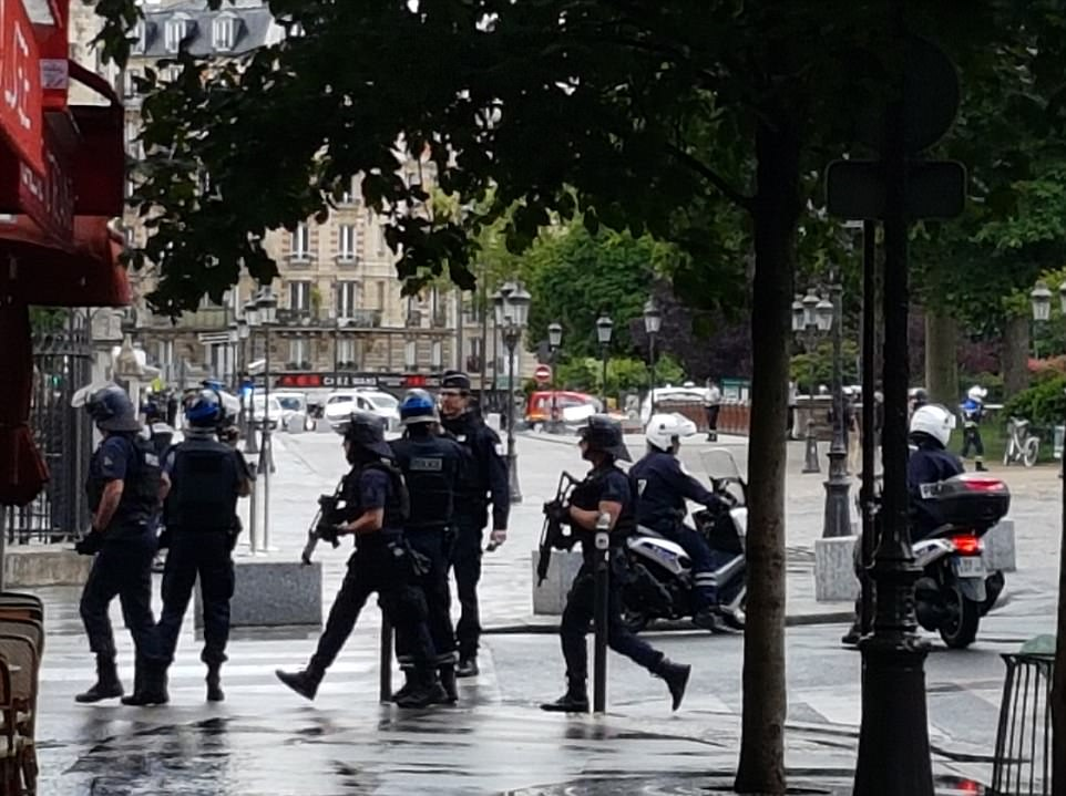 Notre Dame attack : Suspect identified as an Algerian student