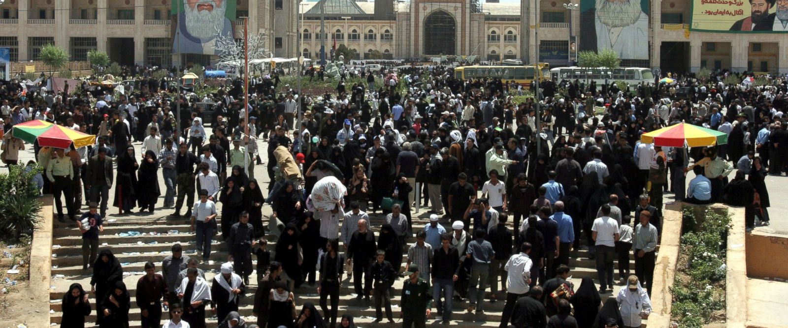 7 killed as armed men storm Iranian parliament, Khomeini's shrine