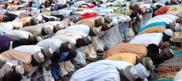 Eid-El-Fitr : Ondo Muslims pray after Ramadan