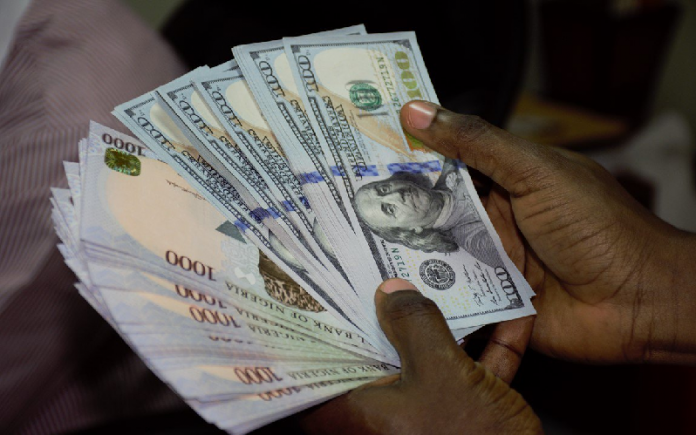 Foreign investors want interbank exchange rate