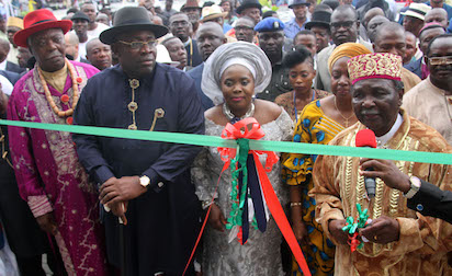 Gowon inaugurates Ijaw National Academy in Bayelsa