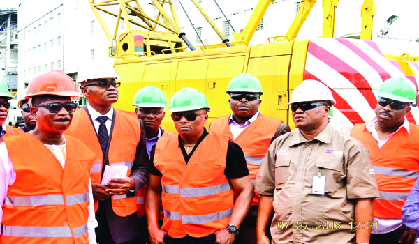 Petroleum Engineers discuss challenges of crude production