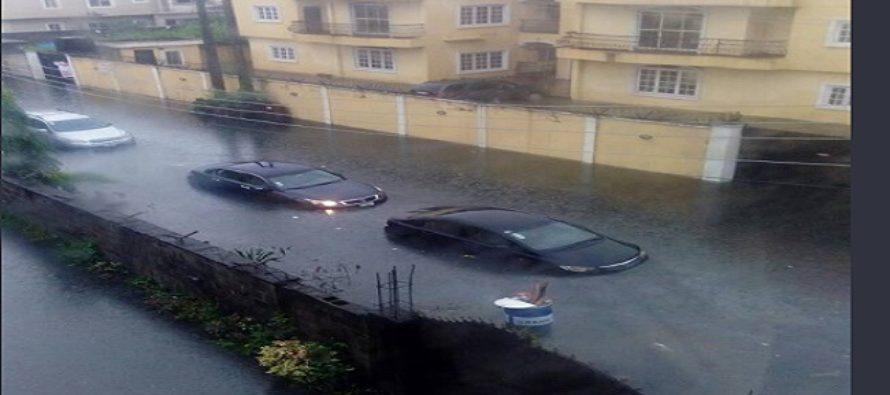 Flooding: Lagos Police temporarily block Ahmadu Bello Way, Victoria Island