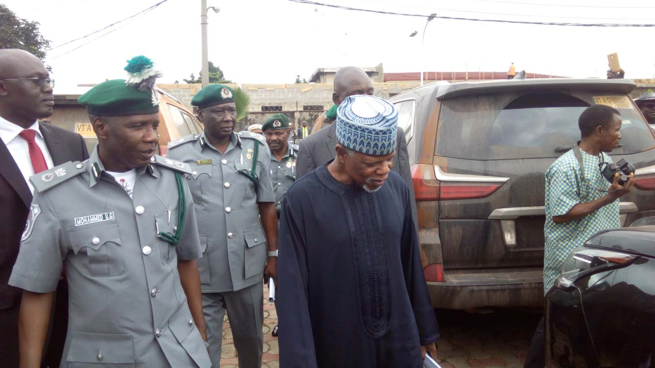 Customs intercepts 37 smuggled brand new vehicles
