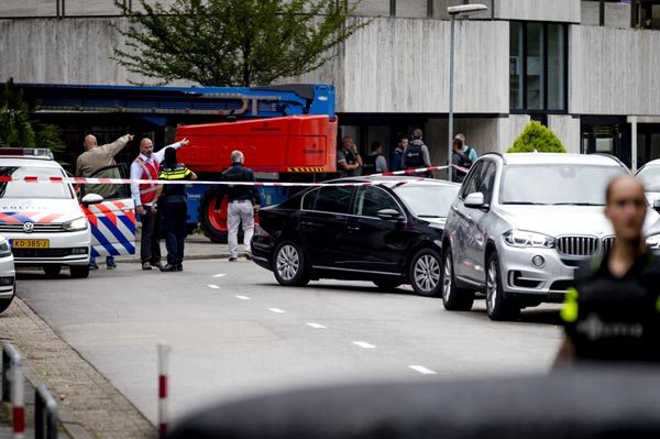 Hostage-taking at Dutch radio station ends peacefully