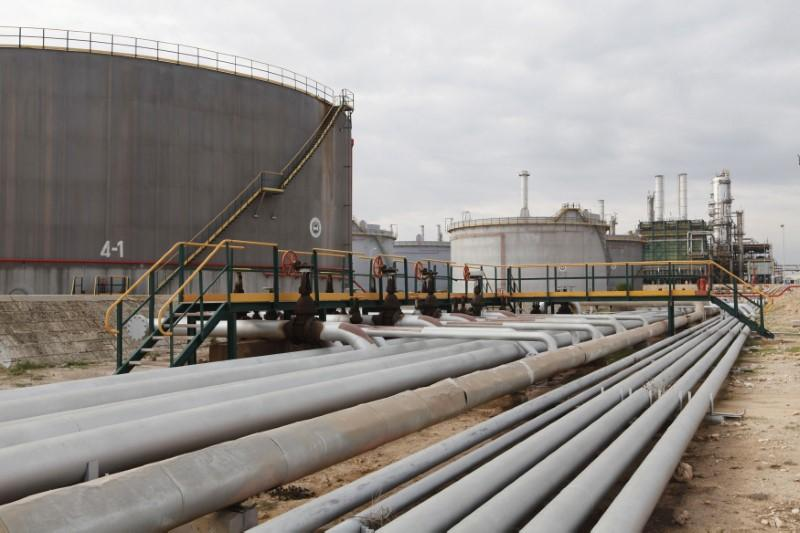 Libya's Zawiya oil refinery operating at half capacity due to Sharara outage