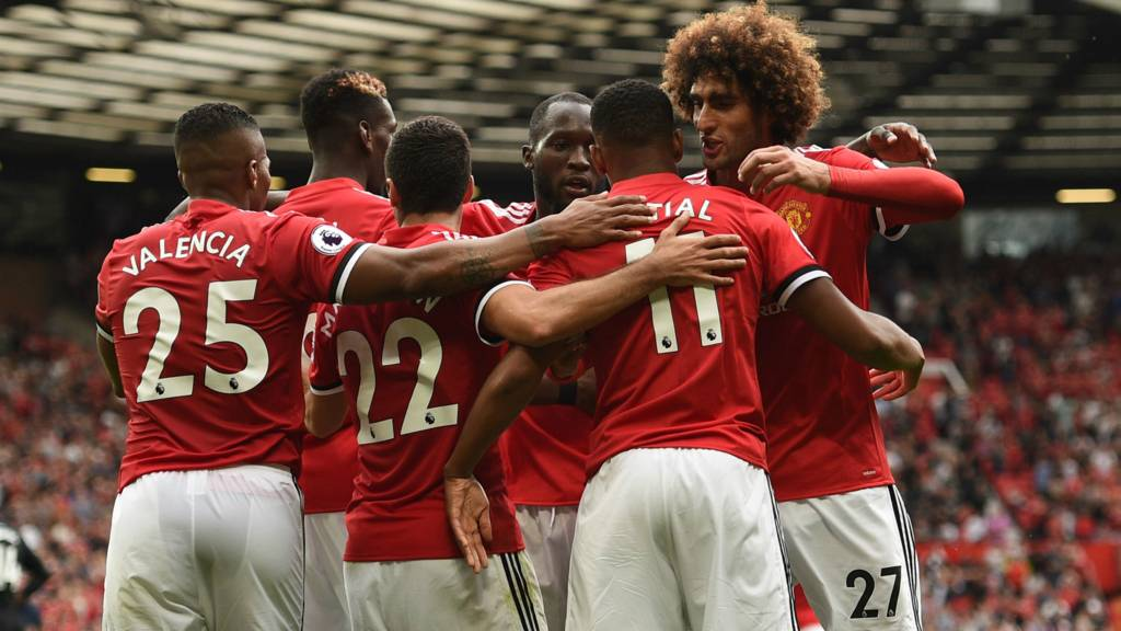 Manchester United top EPL table after first round matches