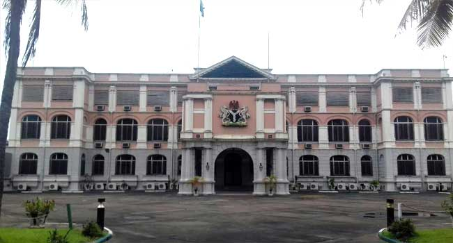 FG hands over Presidential Lodge, Marina to Lagos State